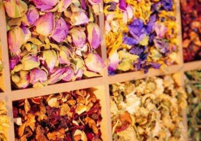 香花茶与拌花茶有什么区别  香花茶与拌花茶的区别方法